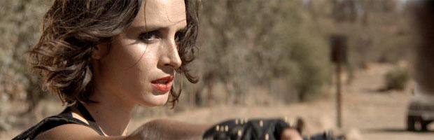 mujer-metralleta-destacado