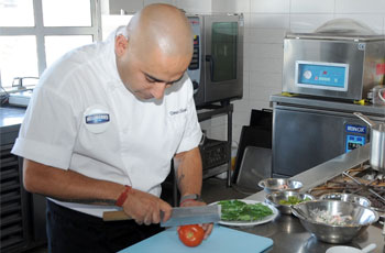 tomás olivera, chef