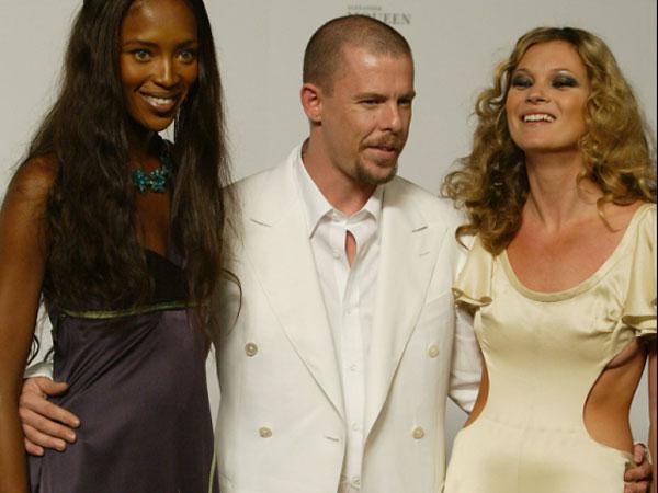 Alexander McQueen, diseñador, diseñadores, Naomi Campbell, Kate Moss