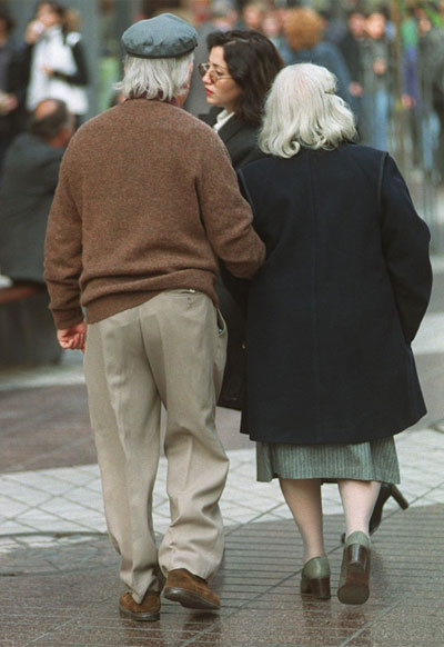 pareja, mayor, compromiso