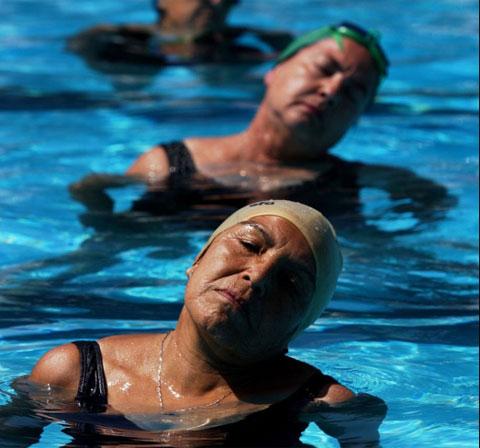 piscina, envejecer, hábitos