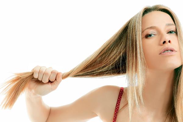 No lavar el pelo en 30 días  Los riesgos de sumarse a esta moda ... ba16d53b1825
