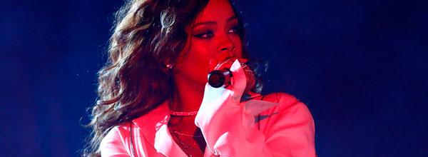 Rihanna-dest