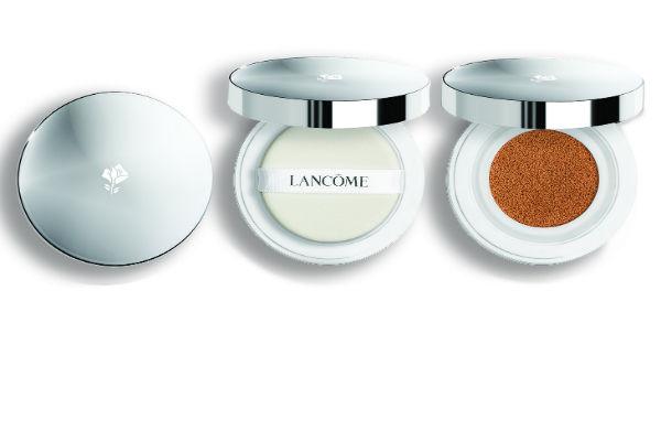 Miracle Cushion de Lancôme refresca, unifica y protege la tez de los UV, con una sensación de frescor inédita.