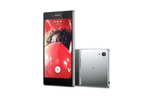 Celular Xperia Z5 Premium cromado.