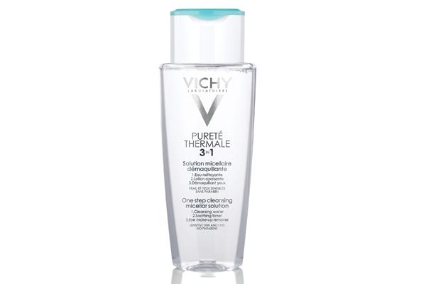 Agua micelar y desmaquillante Vichy para piel sensible.