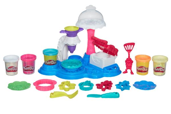 Play-Doh Dulces Creaciones: Fiesta de Pasteles.