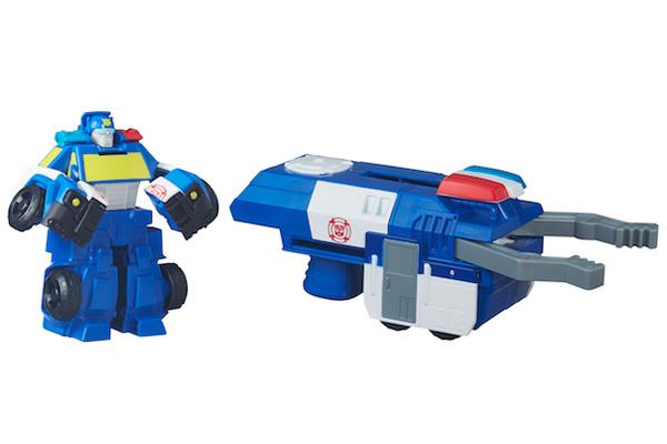Rescue Bots de Playskool Heroes. Los pequeños pueden unirse a la acción con el Escuadrón de Rescate, donde Heatwave y Chase se transforman de robot a vehículo.