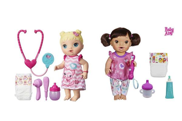 Baby Alive es una niña con mucho apetito y se le puede dar bocadillos de fruta que se preparan con masita especial para muñecas