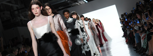 Models walk the runway at Bibhu Mohapatra during New York Fashion Week on February 15, 2017, in New York. / AFP / Angela Weiss   FASHION-US-BIBHU MOHAPATRA
