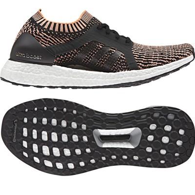 Las PureBoost X de Adidas han sido diseñadas especificamente para mujeres que practican running. Pero gracias a la tecnología de su suela de cápsulas de espuma, son ultra cómodas para realizar todo tipo de actividades. Sobretodo si estás embarazada.