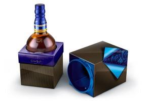 Chivas 18 es una creación de Colin Scott, uno de los Maestros Mezcladores más experimentados del mundo. Este whisky, ganador de varios premios internacionales, es ideal para aquellos padres con paladar refinado