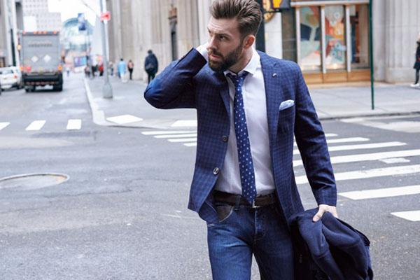 Trial tiene promociones en tiendas con sweaters, parkas y chaquetones montgomery a precios especiales.