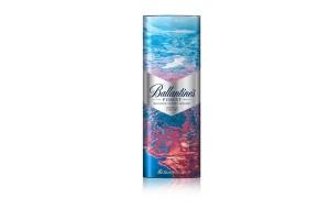 Ballantine's llega con una increíble edición limitada ideal para regalar a todos los amantes del whisky en esta día tan especial: Ballantine's Finest