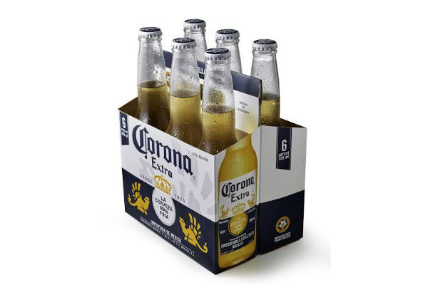 Si tu papá es amante de la cerveza, un pack de Corona es el mejor regaloneo para su día.
