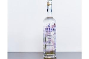 Sirena de Chiloé, elaborado con las reconocidas papas de la zona, es el primer y único vodka hecho en nuestro país