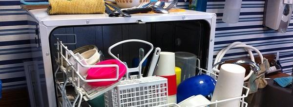 dishwasher-526358_640