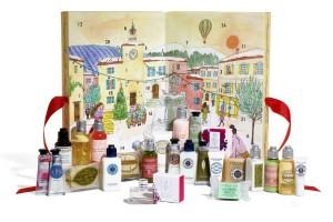L'occitane también reúne sus mejores cremas, perfumes y jabones en este delicado calendario.