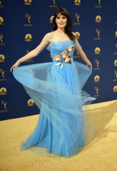 La actriz Michelle Dockery desfiló uno de los últimos diseños de Carolina Herrera