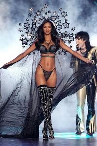 Brazilian Model Lais Ribeiro walks the runway at the 2018 Victoria's