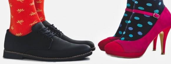 zapatos-moda-hombre-mujer-calcetines-brillantes_78967-457