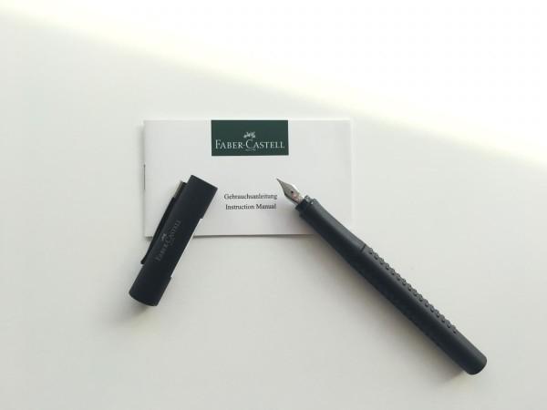 Las Grip Classic  de Faber Castell son ideales para los padres que les gusta usar una pluma estilográfica para escribir a mano.